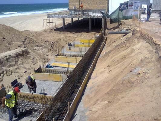 Coastal protection of Porto Novo beach and Praia da Física